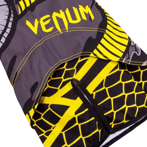 Шорты ММА Venum Snaker Black/Yellow 45012